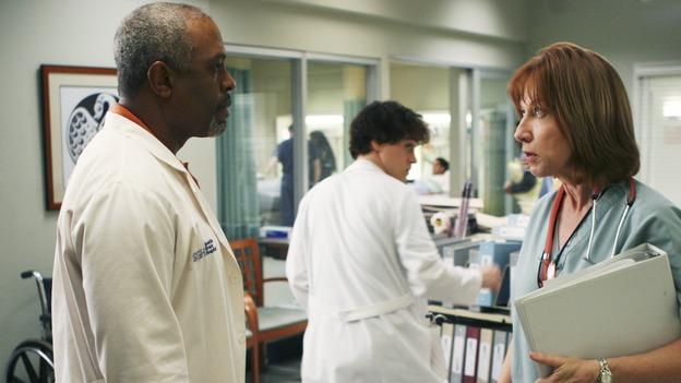"GREY'S ANATOMY - ""Tell Me Sweet Little Lies"" (ABC/MICHAEL DESMOND)JAMES PICKENS, JR., T.R. KNIGHT, CATHY LIND HAYES"