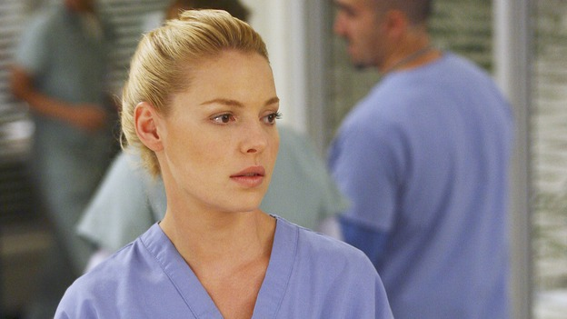 "GREY'S ANATOMY - ""Great Expectations"" - While rumors of the Chief's departure spread among the hospital staff, Bailey proposes the creation of a free clinic, and a Seattle Grace doctor receives a proposal of a different sort, on ""Grey's Anatomy,"" THURSDAY, JANUARY 25 (9:00-10:01 p.m., ET) on the ABC Television Network. (ABC/SCOTT GARFIELD)KATHERINE HEIGL"