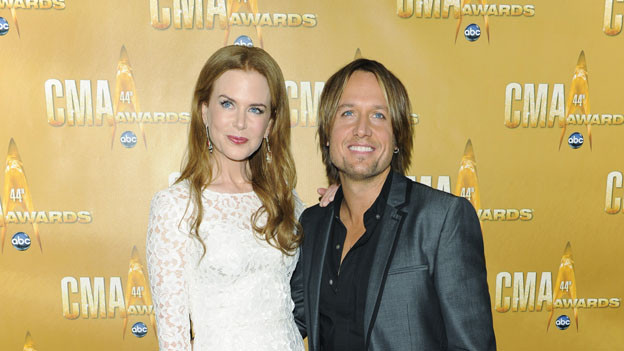 "THE 44TH ANNUAL CMA AWARDS - RED CARPET ARRIVALS - ""The 44th Annual CMA Awards"" will be broadcast live from the Bridgestone Arena in Nashville, WEDNESDAY, NOVEMBER 10 (8:00-11:00 p.m., ET) on the ABC Television Network. (ABC/ANDREW WALKER)NICOLE KIDMAN, KEITH URBAN"