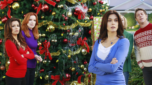 "DESPERATE HOUSEWIVES - ""Boom Crunch"" - Christmas cheer is curtailed when disaster strikes on ABC's ""Desperate Housewives,"" SUNDAY, DECEMBER 6 (9:00-10:01 p.m., ET). Gaby and Lynette's friendship is on the brink of collapse; Susan hatches a plan to help an irrational Katherine; Bree and Orson come to an agreement over their marriage; Danny's vital mistake may cost Angie her freedom; and a plane crashes down on Wisteria Lane, putting lives in peril. (ABC/RON TOM)EVA LONGORIA PARKER, MARCIA CROSS, TERI HATCHER, FELICITY HUFFMAN (OBSCURED), KEVIN RAHM"