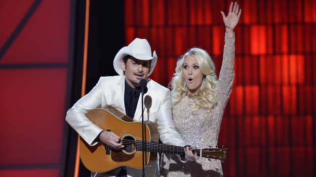 "THE 46TH ANNUAL CMA AWARDS - THEATRE - ""The 46th Annual CMA Awards"" airs live THURSDAY, NOVEMBER 1 (8:00-11:00 p.m., ET) on ABC live from the Bridgestone Arena in Nashville, Tennessee. (ABC/KATHERINE BOMBOY-THORNTON)BRAD PAISLEY, CARRIE UNDERWOOD"
