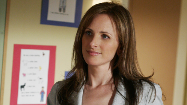 "DESPERATE HOUSEWIVES -""THERE WON'T BE TRUMPETS"" - (ABC/RON TOM) ARIA WALLACE, MARLEE MATLIN"