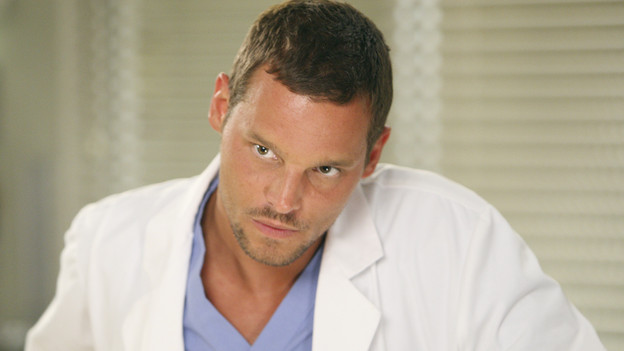 GREY'S ANATOMY - &quot;I Always Feel Like Somebody's Watchin' Me&quot; - Several weeks after her near-death experience, a recovering Izzie returns to work. Meanwhile, nervous that there will be layoffs in the hospital in the wake of an announcement from the Chief, the Seattle Grace residents compete to survive the cuts, including Cristina, who attempts to work alongside Arizona in pediatrics. And Bailey and Alex's patient's already complex case is further complicated by her schizophrenic son, on &quot;Grey's Anatomy,&quot; THURSDAY, OCTOBER 1 (9:00-10:01 p.m., ET) on the ABC Television Network. (ABC/CRAIG SJODIN)JUSTIN CHAMBERS