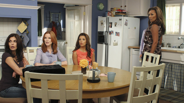 "DESPERATE HOUSEWIVES - ""Remember Paul?"" - The residents of Wisteria Lane are stunned to discover that Paul Young is out of prison and back in the neighborhood with an enigmatic new wife and seemingly dark motives. Meanwhile, while Paul is renting Susan's home, she, Mike and MJ are living in an apartment on limited funds. But Susan sees a glimmer of hope in getting her life back on the Lane when she's offered an unorthodox job by her apartment manager, Maxine (Lainie Kazan); Lynette's rich and successful college friend, Renee (Vanessa Williams), pays an unexpected visit to the Scavo household; Gabrielle and Carlos find themselves keeping secrets from one another; and Bree, newly single and needing a fresh start after selling her business, finds herself tempted by Keith (Brian Austin Green) -- the handsome, young handyman she's hired to update her house -- on the season premiere of ""Desperate Housewives,"" SUNDAY, SEPTEMBER 26 (9:00-10:01 p.m., ET) on the ABC Television Network. (ABC/RON TOM)TERI HATCHER, MARCIA CROSS, EVA LONGORIA PARKER, VANESSA WILLIAMS"