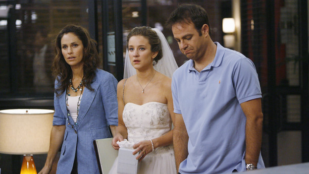 "PRIVATE PRACTICE - ""The Hard Part"" - Addison and Sam go for a hike in Malibu, and must perform urgent field care when they stumble upon an expecting couple, trapped in their car after an accident. Meanwhile at Oceanside Wellness, Charlotte, Cooper and Violet treat a newlywed who, out of nervousness for his wedding night, has taken too much Viagra, and Pete and Sheldon hit the bar scene together but fall for the same girl, on ""Private Practice,"" THURSDAY, NOVEMBER 12 (10:01-11:00 p.m., ET) on the ABC Television Network. (ABC/ADAM LARKEY)AMY BRENNEMAN, HALLEE HIRSH, PAUL ADELSTEIN"