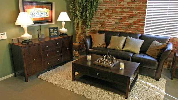 EXTREME MAKEOVER HOME EDITION - &quot;Anderson Family,&quot; - Living Room, on &quot;Extreme Makeover Home Edition,&quot; Sunday, January 16th on the ABC Television Network.
