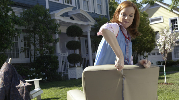 DESPERATE HOUSEWIVES - &quot;PILOT&quot; (ABC/PETER &quot;HOPPER&quot; STONE) MARCIA CROSS