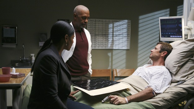 PRIVATE PRACTICE - &quot;Ex-Life&quot; - As Archer recoups from surgery, Derek has Addison work with his pregnant neuro patient; after Sam suffers a sudden asthma attack, Bailey and Naomi work together to find the root cause of Sam's sudden attack; and at Oceanside Wellness, Cooper, Violet and Pete work together to treat a mother suffering from postpartum depression, on &quot;Private Practice,&quot; THURSDAY, FEBRUARY 12 (10:02-11:00 p.m., ET) on the ABC Television Network. (ABC/KAREN NEAL)AUDRA MCDONALD, JAMES PICKENS JR.,  GRANT SHOW