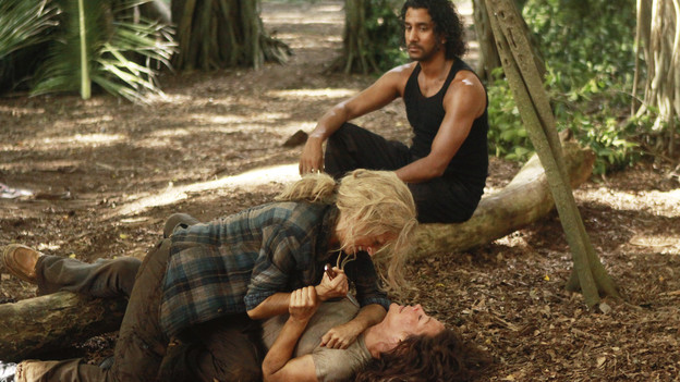 LOST - &quot;Recon&quot; - Locke tasks Sawyer with a mission, on &quot;Lost,&quot; TUESDAY, MARCH 23 (9:00-10:00 p.m., ET) on the ABC Television Network.  (ABC/MARIO PEREZ)EMILIE DE RAVIN, EVANGELINE LILLY, NAVEEN ANDREWS