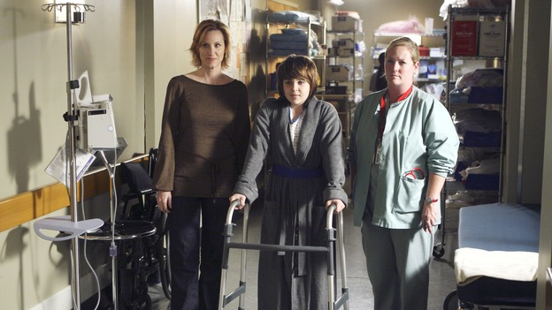 "GREY'S ANATOMY - ""Six Days"" - After a successful operation on his heart, George's father undergoes surgery for his cancer, Thatcher Grey visits Seattle Grace in order to see his new granddaughter, and Meredith discovers that Derek has trouble sleeping soundly, on ""Grey's Anatomy,"" THURSDAY, JANUARY 4 (9:00-10:01 p.m., ET) on the ABC Television Network. (ABC/MICHAEL DESMOND)JUDITH HOAG, MAE WHITMAN"