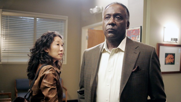 "GREY'S ANATOMY - ""I Am a Tree"" - Cristina meets Burke's parents -- and in the most awkward of circumstances -- the interns campaign for Izzie's reinstatement to the surgical intern program, Addison takes a break from her hospital duties, and a surgical patient lives what may be her last day to the fullest, on ""Grey's Anatomy,"" THURSDAY, SEPTEMBER 28 (9:00-10:01 p.m., ET) on the ABC Television Network. (ABC/VIVIAN ZINK)SANDRA OH, RICHARD ROUNDTREE"