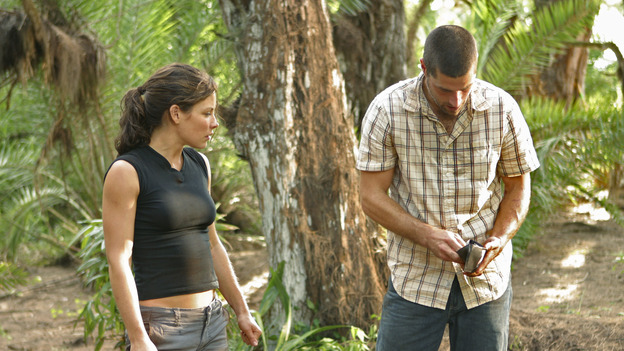 "LOST - ""Whatever the Case May Be"" - Jack, Kate and Sawyer fight over possession of a newly discovered locked metal briefcase which might contain insights into Kate's mysterious past. Meanwhile, Sayid asks a reluctant Shannon to translate notes he took from the French woman, a rising tide threatens to engulf the fuselage and the entire beach encampment, and Rose and a grieving Charlie tentatively bond over Claire's baffling disappearance, on ""Lost,"" WEDNESDAY, JANUARY 5 (8:00-9:00 p.m., ET), on the ABC Television Network.  (ABC/MARIO PEREZ) EVANGELINE LILLY, MATTHEW FOX"