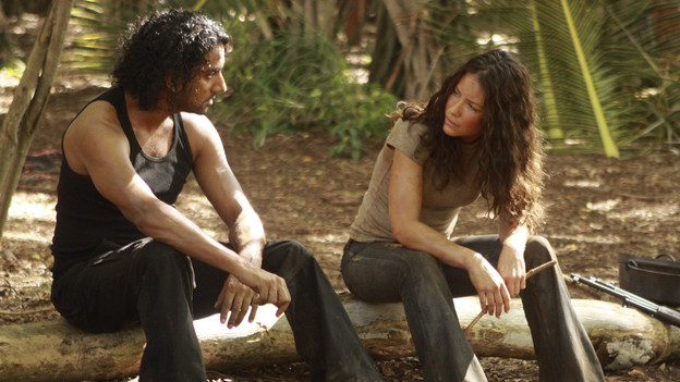"LOST - ""Recon"" - Locke tasks Sawyer with a mission, on ""Lost,"" TUESDAY, MARCH 23 (9:00-10:00 p.m., ET) on the ABC Television Network.  (ABC/MARIO PEREZ)NAVEEN ANDREWS, EVANGELINE LILLY"
