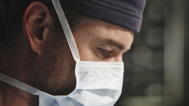GREY'S ANATOMY - &quot;Start Me Up&quot; - Arizona seeks Mark's advice as she tries to reconcile with Callie, who has big news of her own; Teddy must make a key decision for Henry during his surgery; and on the same day the residents receive a new crop of interns, the Chief announces he is looking for a new Chief Resident, on &quot;Grey's Anatomy,&quot; THURSDAY, JANUARY 13 (9:00-10:01 p.m., ET) on the ABC Television Network. (ABC/DANNY FELD)ERIC DANE