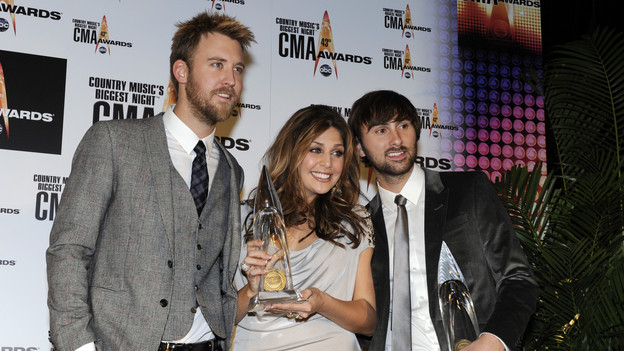 "THE 43rd ANNUAL CMA AWARDS - GENERAL - ""The 43rd Annual CMA Awards"" broadcast live from the Sommet Center in Nashville, WEDNESDAY, NOVEMBER 11 (8:00-11:00 p.m., ET) on the ABC Television Network. (ABC/DONNA SVENNEVIK)LADY ANTEBELLUM"