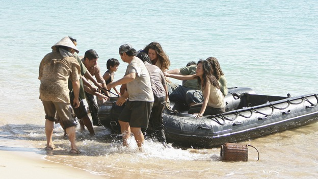 "LOST - ""There's No Place Like Home,"" Parts 2 & 3 - The face-off between the survivors and the freighter people continues, and the Oceanic Six find themselves closer to rescue, on the two-hour Season Finale of ""Lost,"" THURSDAY, MAY 29 (9:00-11:00 p.m., ET) on the ABC Television Network. (ABC/MARIO PEREZ)MATTHEW FOX, EVANGELINE LILLY, YUNJIN KIM, JORGE GARCIA"