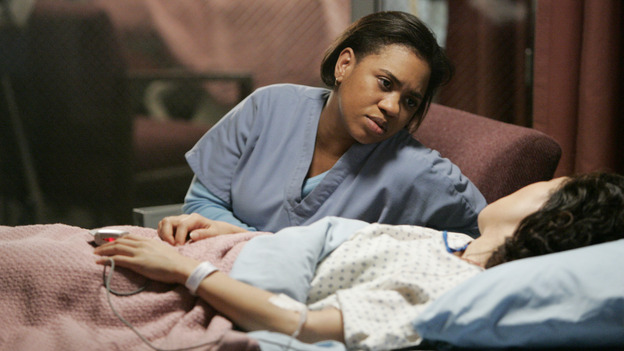 "102541_2634 -- GREY'S ANATOMY - ""MAKE ME LOSE CONTROL"" (ABC/CRAIG SJODIN)CHANDRA WILSON, SANDRA OH"
