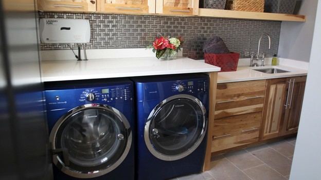 "EXTREME MAKEOVER HOME EDITION - Laundry Room Photo, ""Friday Family,"" on ""Extreme Makeover Home Edition,"" Monday, December 17th (8:00-10:00 p.m. ET/PT) on the ABC Television Network."