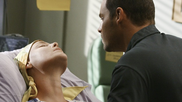 "GREY'S ANATOMY - ""Now or Never"" - As Drs. Izzie Stevens and Alex Karev celebrate her successful surgery, something seems to be wrong, on ""Grey's Anatomy,"" THURSDAY, MAY 14 (9:00-11:00 p.m., ET) on the ABC Television Network. KATHERINE HEIGL, JUSTIN CHAMBERS"