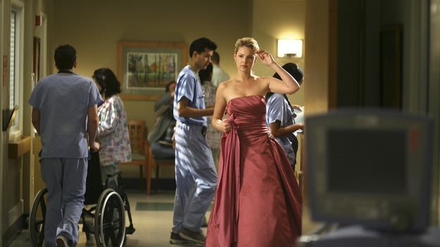 "GREY'S ANATOMY - In the first hour of part two of the season finale of ABC's ""Grey's Anatomy"" -- ""Deterioration of the Fight or Flight Response"" -- Izzie and George attend to Denny as the pressure increases to find him a new heart, Cristina suddenly finds herself in charge of an ER, and Derek grapples with the realization that the life of a friend is in his hands. In the second hour, ""Losing My Religion,"" Richard goes into interrogation mode about a patient's condition, Callie confronts George about his feelings for her, and Meredith and Derek meet about Doc. Part two of the season finale of ""Grey's Anatomy"" airs MONDAY, MAY 15 (9:00-11:00 p.m., ET) on the ABC Television Network. (ABC/SCOTT GARFIELD)KATHERINE HEIGL"