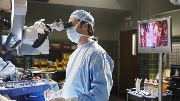 "GREY'S ANATOMY - ""Give Peace a Chance"" - When Isaac, the hospital lab tech, has an inoperable tumor wrapped around his spine, he turns to Dr. Derek Shepherd to do the impossible, and Derek tests the Chief's authority when Richard objects to moving forward with the risky surgery, on ""Grey's Anatomy,"" THURSDAY, OCTOBER 29 (9:00-10:01 p.m., ET) on the ABC Television Network. (ABC/KAREN NEAL)PATRICK DEMPSEY"
