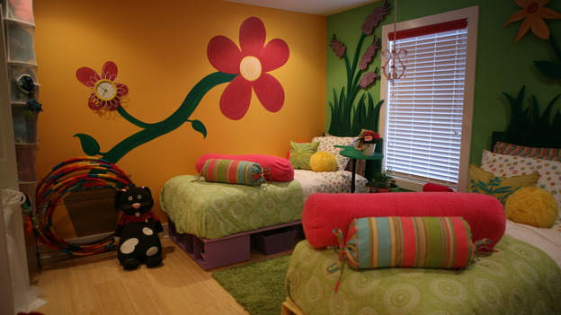 "EXTREME MAKEOVER HOME EDITION - ""Jackson Family,"" - Girls' Bedroom, on ""Extreme Makeover Home Edition,"" Sunday, September 28th on the ABC Television Network."