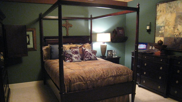 "EXTREME MAKEOVER HOME EDITION - ""Jacobo Family,"" - Master Bedroom, on ""Extreme Makeover Home Edition,"" Sunday, May 13th on the ABC Television Network."