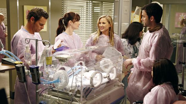 "GREY'S ANATOMY - ""If Only You Were Lonely"" - As Adele's condition continues to deteriorate, Richard considers altering their living situation; an explosion at a local coffee shop results in a busy day in the ER for the doctors; Callie takes Meredith under her wing by helping her study for her boards; Lexie joins Arizona and Alex in peds, as they continue to care for intern Morgan's premature son; and when Jackson snaps at a patient, Mark encourages him to find ways to relieve his stress. Meanwhile, Cristina lets her suspicions get the best of her, on ""Grey's Anatomy,"" THURSDAY, FEBRUARY 23 (9:00-10:02 p.m., ET) on the ABC Television Network. (ABC/VIVIAN ZINK)JUSTIN CHAMBERS, CHYLER LEIGH, JESSICA CAPSHAW, GIL MCKINNEY, AMANDA FULLER"
