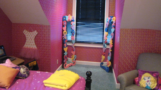 "EXTREME MAKEOVER HOME EDITION - ""Jacobo Family"" - Girls' Bedroom, on ""Extreme Makeover Home Edition,"" Sunday, May 13th on the ABC Television Network."