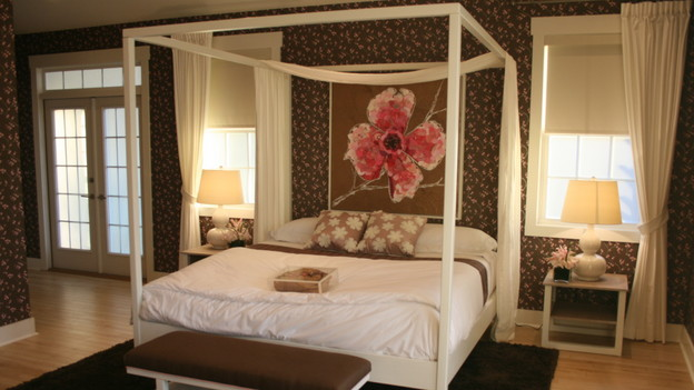 EXTREME MAKEOVER HOME EDITION - &quot;Suggs Family,&quot; - Master Bedroom, on &quot;Extreme Makeover Home Edition,&quot; Sunday, April 11th (8:00-9:00 p.m. ET/PT) on the ABC Television Network.