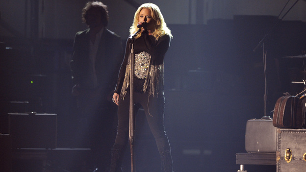 "THE 45th ANNUAL CMA AWARDS - THEATRE - ""The 45th Annual CMA Awards"" broadcast live on ABC from the Bridgestone Arena in Nashville on WEDNESDAY, NOVEMBER 9 (8:00-11:00 p.m., ET). (ABC/KATHERINE BOMBOY-THORNTON)MIRANDA LAMBERT"