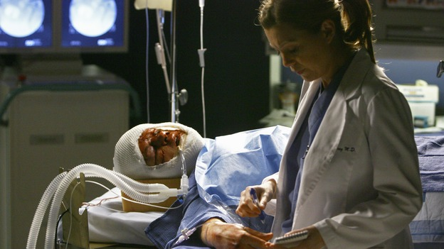 GREY'S ANATOMY - &quot;Now or Never&quot; - While treating patient &quot;John&nbsp;Doe,&quot;&nbsp;Meredith tries to get the injured man to draw out a message in her notebook, on &quot;Grey's Anatomy&quot; THURSDAY, MAY 14 (9:00-11:00 p.m., ET) on the ABC Television Network. T.R. KNIGHT, ELLEN POMPEO
