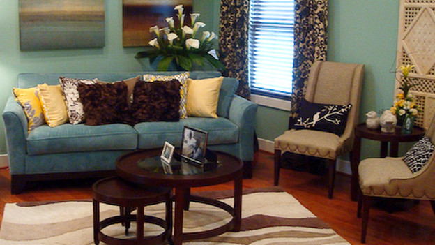 "EXTREME MAKEOVER HOME EDITION - ""Scott Family,"" - Living Room, on ""Extreme Makeover Home Edition,"" Sunday, December 13th on the ABC Television Network."