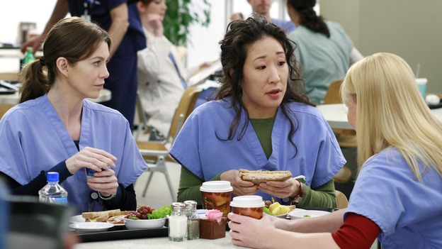 "GREY'S ANATOMY - ""Scars and Souvenirs"" - The race for chief heats up after a new competitor enters the fray, tensions escalate between Izzie and George, and Callie must reveal a big secret. Meanwhile, Derek treats a patient near and dear to him, while Alex continues his work with Jane Doe, on ""Grey's Anatomy,"" THURSDAY, MARCH 15 (9:00-10:01 p.m., ET) on the ABC Television Network. (ABC/RON TOM)ELLEN POMPEO, SANDRA OH, KATHERINE HEIGL"