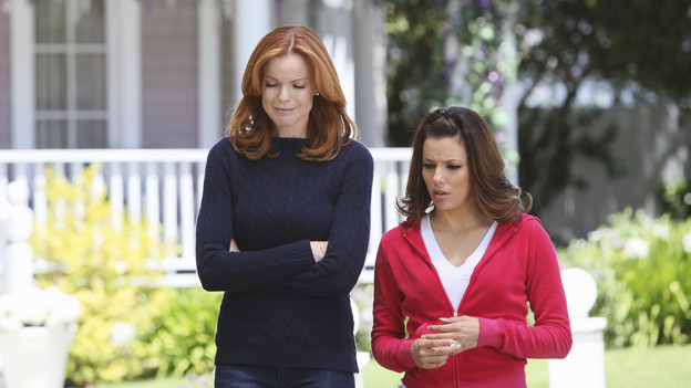 "DESPERATE HOUSEWIVES - ""I Guess This is Goodbye"" - As the season's mysteries are resolved, new ones emerge on the explosive Season Finale of ABC's ""Desperate Housewives,"" SUNDAY, MAY 16 (9:00-10:01 p.m., ET). Gaby risks her safety to help Angie; Lynette's fate and that of her unborn child lie in the hands of Eddie; Susan comes to grips with her financial woes; Bree considers confessing a secret she's harbored for years; and Angie must submit to Patrick's demands in order to protect her son. (ABC/DANNY FELD)MARCIA CROSS, EVA LONGORIA PARKER"