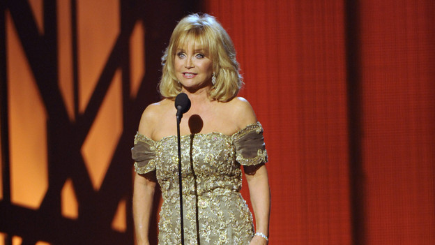 "THE 43rd ANNUAL CMA AWARDS - THEATRE - ""The 43rd Annual CMA Awards"" broadcast live from the Sommet Center in Nashville, WEDNESDAY, NOVEMBER 11 (8:00-11:00 p.m., ET) on the ABC Television Network. (ABC/KATHERINE BOMBOY)BARBARA MANDRELL"