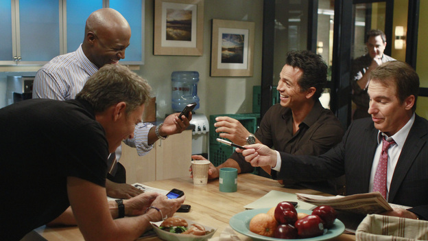 "PRIVATE PRACTICE - ""Remember Me"" - Cooper receives the surprise of his life when a woman from his past arrives at the practice; Addison consults her patient, Jodi, who is eight and half months pregnant and suffering from severe memory loss after a traumatic car accident; and Sheldon and Violet clash when their patient, Jodi's husband, Zach, considers leaving his wife and taking the baby with him, on ""Private Practice,"" THURSDAY, OCTOBER 20 (10:02-11:00 p.m., ET) on the ABC Television Network. (ABC/RON TOM)TAYE DIGGS, TIM DALY, BENJAMIN BRATT, PAUL ADELSTEIN (BACKGROUND), BRIAN BENBEN"