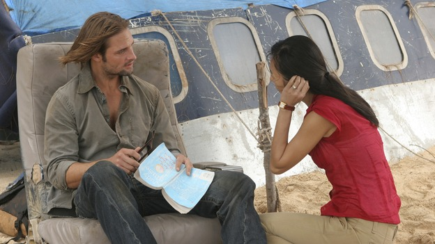 LOST - &quot;The Whole Truth&quot; (ABC/MARIO PEREZ)JOSH HOLLOWAY, YUNJIN KIM