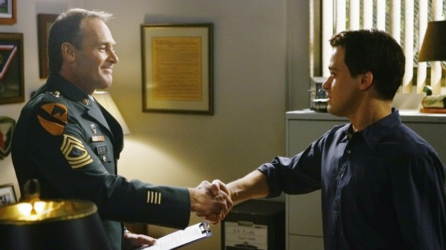 "GREY'S ANATOMY - ""Here's to Future Days"" - Dr. George O'Malley, inspired by one of his recent patients, joins the U.S. Army, on ""Grey's Anatomy,"" THURSDAY, MAY 14 (9:00-11:00 p.m., ET) on the ABC Television Network. J.F. DAVIS, T.R. KNIGHT"