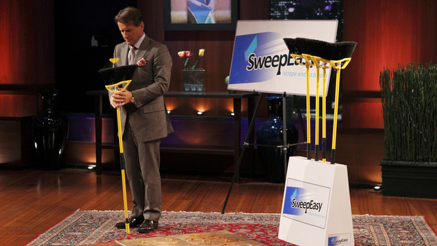 "SHARK TANK - ""Episode 207"" -- A fiery entrepreneur from Washington, DC comes to the Shark Tank with her line of luxury maternity gowns; a Southern belle from South Carolina believes her homemade cakes will be the best the Sharks have ever tasted; and a couple from Minnesota believe their business idea of a cooler fitting inside a golf bag is a sure-fire way to save money on the golf course. Also, the Sharks fight over a product invented by a stay-at-home dad inspired by his long days cleaning up after his kids, and there will be a follow-up on the duo behind Grease Monkey Wipes -- whose impassioned plea in Season 1 landed them a deal with Robert and Barbara -- on ""Shark Tank,"" FRIDAY, APRIL 29 (8:00-9:00 p.m., ET). (ABC/CRAIG SJODIN)ROBERT HERJAVEC"
