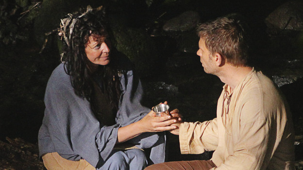 "LOST - ""Across the Sea"" - The motives of John Locke are finally explained, on ""Lost,"" TUESDAY, MAY 11 (9:00-10:00 p.m., ET) on the ABC Television Network. (ABC/MARIO PEREZ)ALLISON JANNEY, MARK PELLEGRINO"