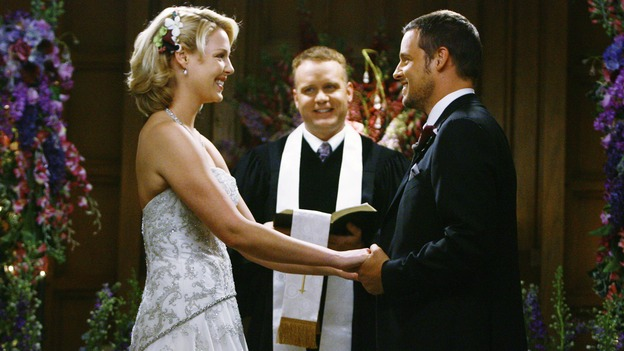 "GREY'S ANATOMY - ""What a Difference a Day Makes"" - Dr. Izzie Stevens and Dr. Alex Karev get married in a surprising twist, on ""Grey's Anatomy,"" THURSDAY, MAY 7 (9:00-10:02 p.m., ET) on the ABC Television Network. KATHERINE HEIGL, MICKEY MAXWELL, JUSTIN CHAMBERS"