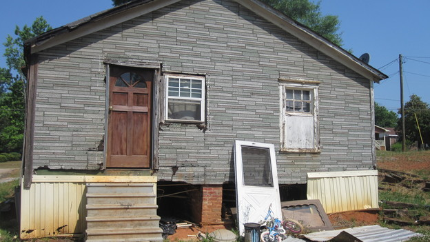 EXTREME MAKEOVER HOME EDITION - &quot;Rucker Family,&quot; - Before Picture,     on   &quot;Extreme Makeover Home Edition,&quot; Sunday, October 9th        (8:00-9:00   p.m.  ET/PT) on the ABC Television Network.