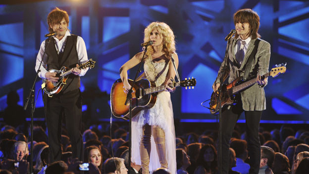 "THE 44TH ANNUAL CMA AWARDS - THEATRE - ""The 44th Annual CMA Awards"" were broadcast live from the Bridgestone Arena in Nashville, WEDNESDAY, NOVEMBER 10 (8:00-11:00 p.m., ET) on the ABC Television Network. (ABC/KATHERINE BOMBOY)THE BAND PERRY"