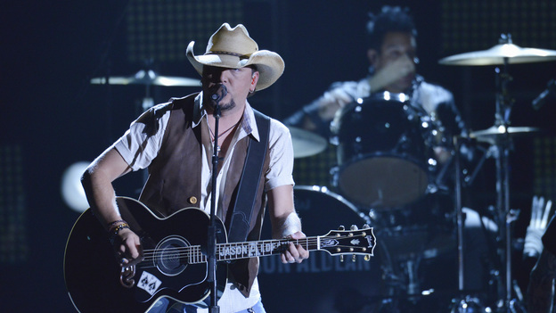 "THE 46TH ANNUAL CMA AWARDS - THEATRE - ""The 46th Annual CMA Awards"" airs live THURSDAY, NOVEMBER 1 (8:00-11:00 p.m., ET) on ABC live from the Bridgestone Arena in Nashville, Tennessee. (ABC/KATHERINE BOMBOY-THORNTON)JASON ALDEAN"