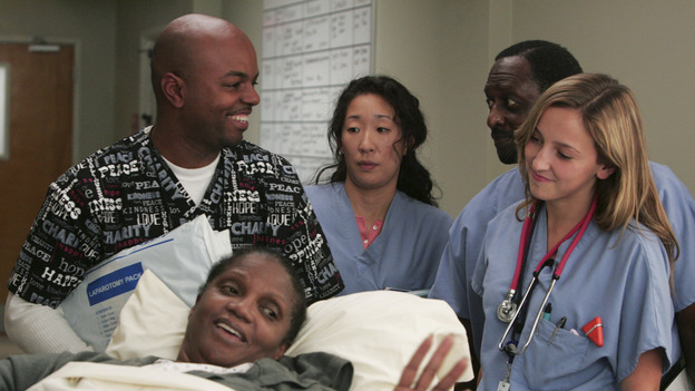 101745_082 -- GREY'S ANATOMY - &quot;NO MAN'S LAND&quot; (ABC/VIVIAN ZINK)SANDRA OH
