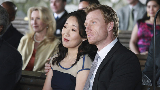 "GREY'S ANATOMY - ""White Wedding"" - As Callie and Arizona's wedding approaches, the couple quickly realize that the day they've been looking forward to is not turning out the way they'd envisioned. Meanwhile Alex continues to make the other residents jealous as he appears to be the top contender for Chief Resident, Meredith and Derek make a decision that will change their lives forever, and Dr. Perkins presents Teddy with a very tempting proposition, on Grey's Anatomy,"" THURSDAY, MAY 5 (9:00-10:01 p.m., ET) on the ABC Television Network. (ABC/RICHARD CARTWRIGHT)SANDRA OH, KEVIN MCKIDD"