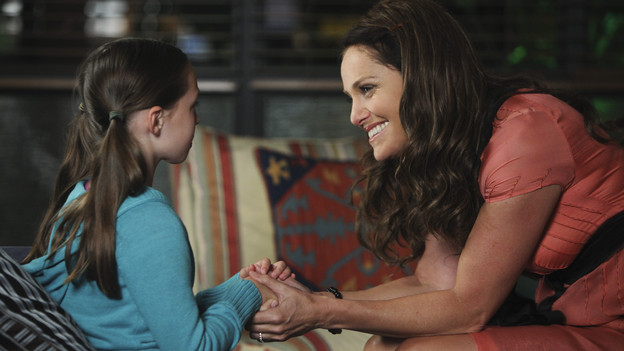 "PRIVATE PRACTICE - ""A Better Place to Be"" - The arrival of Dell's young orphaned daughter, Betsey, stirs up the emotions of everyone in the practice; and Pete and Amelia disagree over a risky surgery to treat a woman who has been experiencing chronic and insufferable pain throughout her pregnancy, on ""Private Practice,"" THURSDAY, OCTOBER 14 (10:01-11:00 p.m., ET) on the ABC Television Network. (ABC/ADAM LARKEY)HAILEY SOLE, AMY BRENNEMAN"