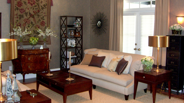EXTREME MAKEOVER HOME EDITION - &quot;Jones Family,&quot; - Living Room, on &quot;Extreme Makeover Home Edition,&quot; Sunday, April 8th on the ABC Television Network.