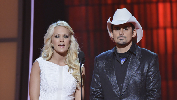 "THE 46TH ANNUAL CMA AWARDS - THEATRE - ""The 46th Annual CMA Awards"" airs live THURSDAY, NOVEMBER 1 (8:00-11:00 p.m., ET) on ABC live from the Bridgestone Arena in Nashville, Tennessee. (ABC/KATHERINE BOMBOY-THORNTON)CARRIE UNDERWOOD, BRAD PAISLEY"